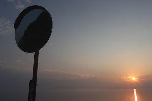大村湾の秋の夕日