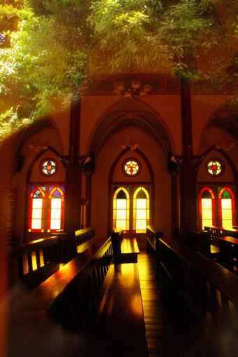 宝亀教会ステンドグラス