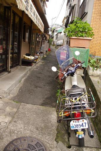 路地バイク